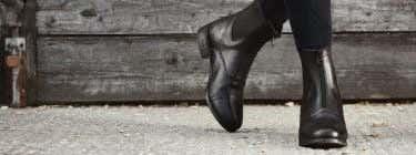 FOOTWEAR & CHAPS